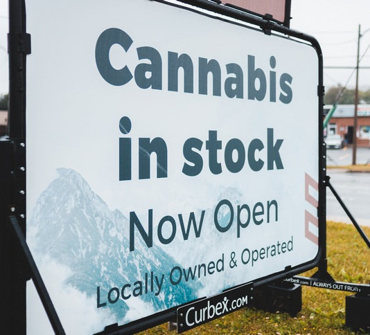 Green Life Business Selling More Cannabis Business Lately Than Anyone 5